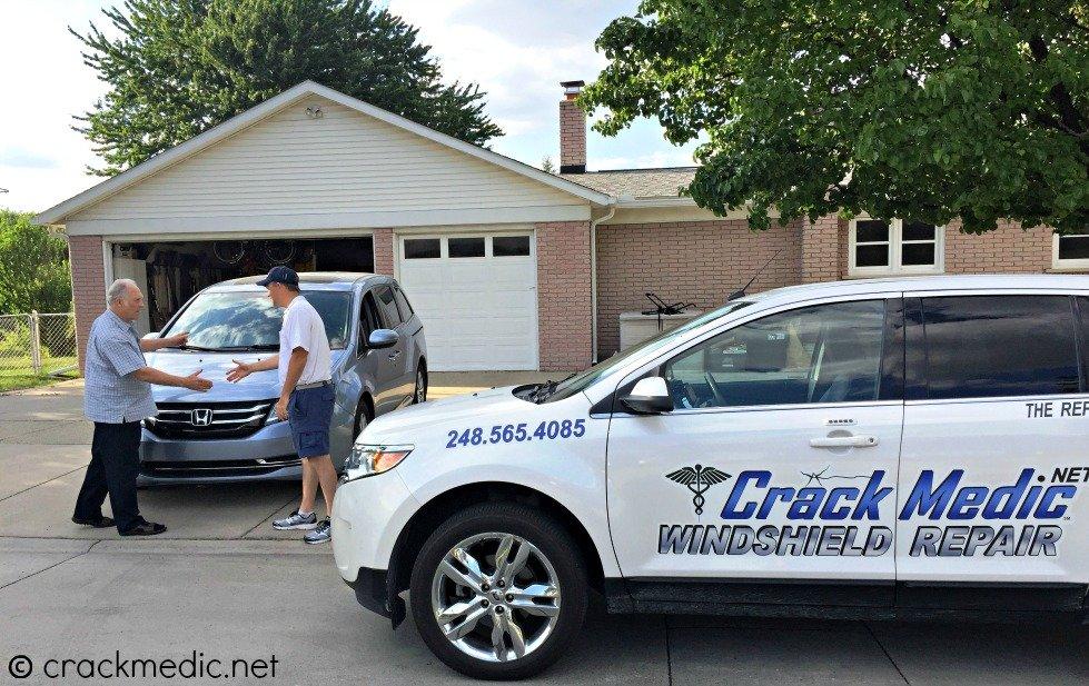 mobile windshield repair service